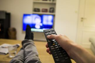 fast_forwarding_through_commercials_has_rendered_television_advertising_ineffective-670731-edited